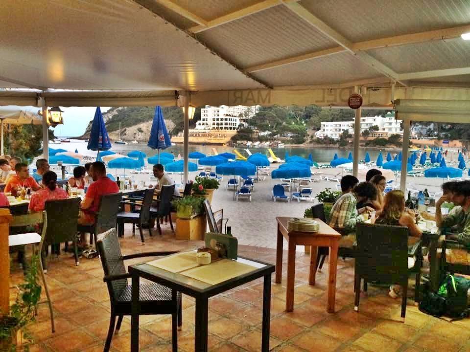Local commercial  Cuesta lugar cala llonga-edificio del mar. Un negocio redondo: restaurante del mar en cala llonga