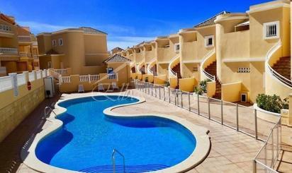 Pisos de alquiler con piscina en Tenerife