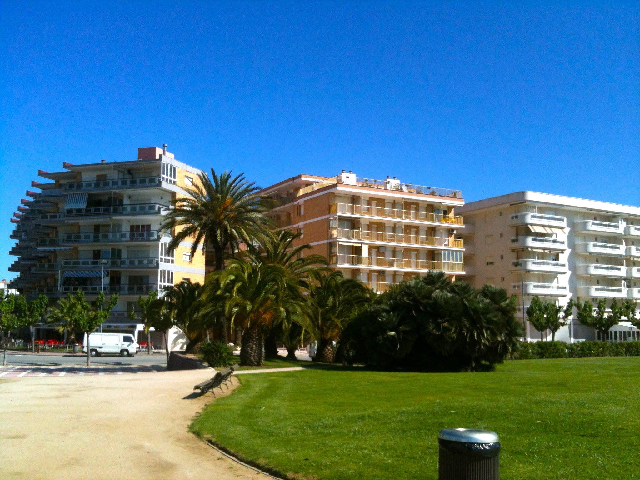 Alquiler Piso  Vila-seca - Vila-seca pueblo. Magnifico apartamento en primerisima linea de mar ,en un espacio