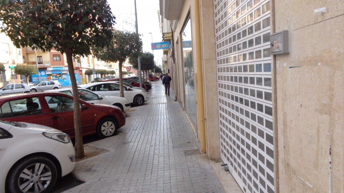 Alquiler Local Comercial  Elda ,av. de madrid. Local en avenida de madrid