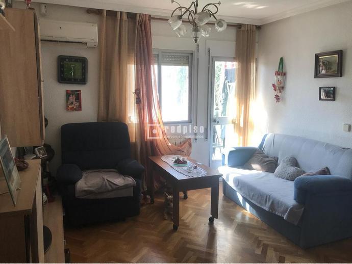 Piso en Madrid Capital en Latina en Calle Cuart de Poblet 148337668 ...