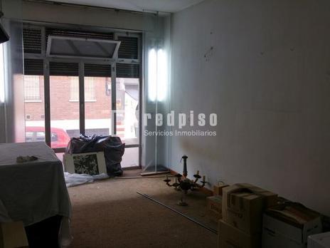 Premises for sale at Puente de Vallecas, Madrid Capital