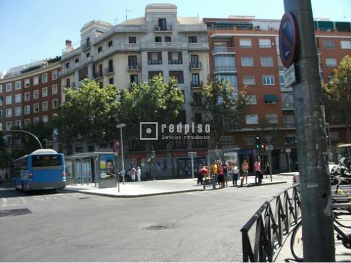 Foto 16 de Piso en Calle Alcalá / Goya,  Madrid Capital