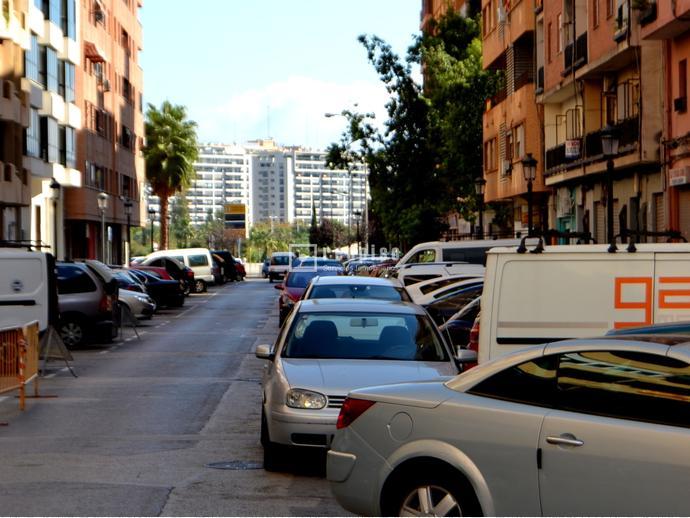 Foto 20 de Piso en  Oriente / Mont-Olivet,  Valencia Capital