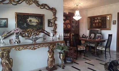 Pisos en venta en Los Remedios, Sevilla Capital