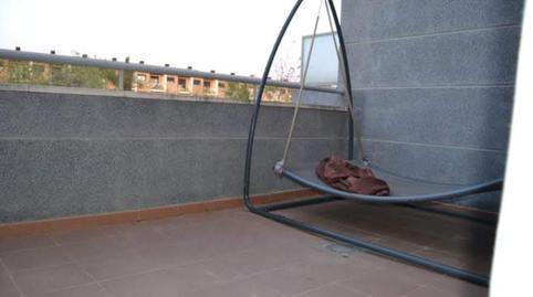 Foto 4 de Casa adosada de alquiler con opción a compra en Los Pinares - La Masia, Valencia