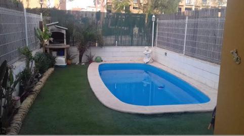 Foto 2 de Casa adosada de alquiler con opción a compra en Los Pinares - La Masia, Valencia