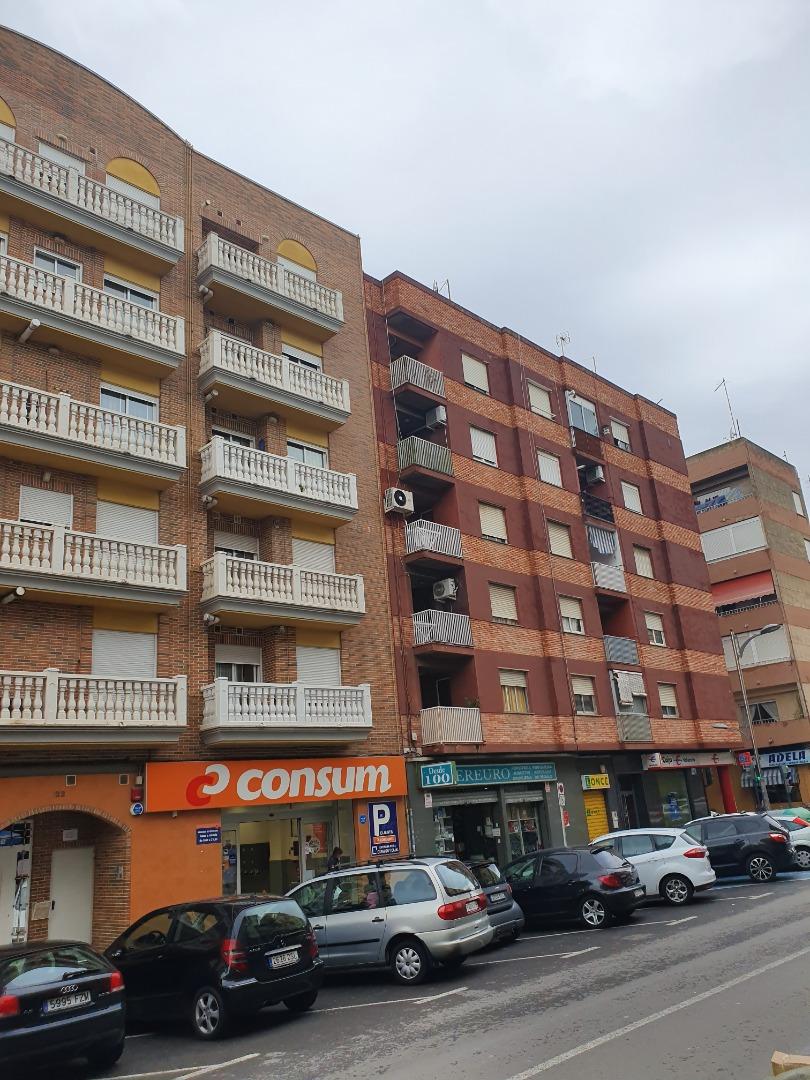 Local Comercial  Avenida albufera, 15. Local inversión en la avenida principal sedavi-alfafar