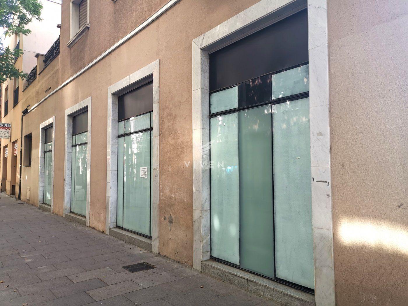 Rent Business premise  Barcelona ,porta. Local paseo fabra i puig