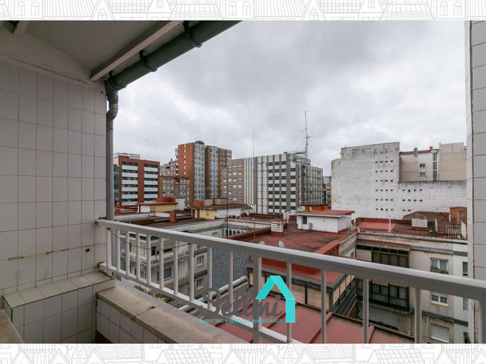 Foto 9 de Piso en  Calle Canga Argüelles / La Arena, Gijón