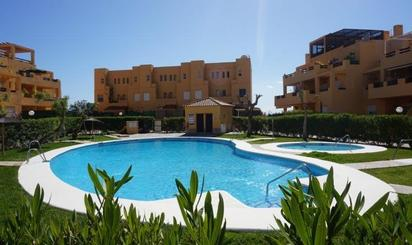Viviendas de alquiler vacacional con piscina en España