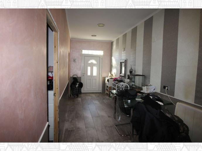 Foto 5 de Casa adosada en Calle Eivissa / Passeig Maragall - Zona Estació, Gavà