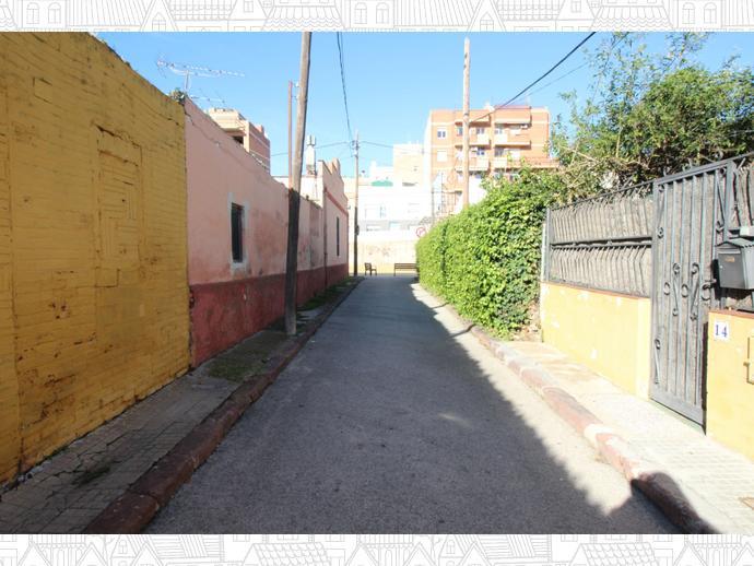 Foto 9 de Casa adosada en Calle Eivissa / Passeig Maragall - Zona Estació, Gavà
