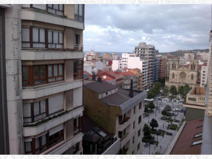 Foto 29 de Ático en Begoña / Barrio del Centro, Gijón