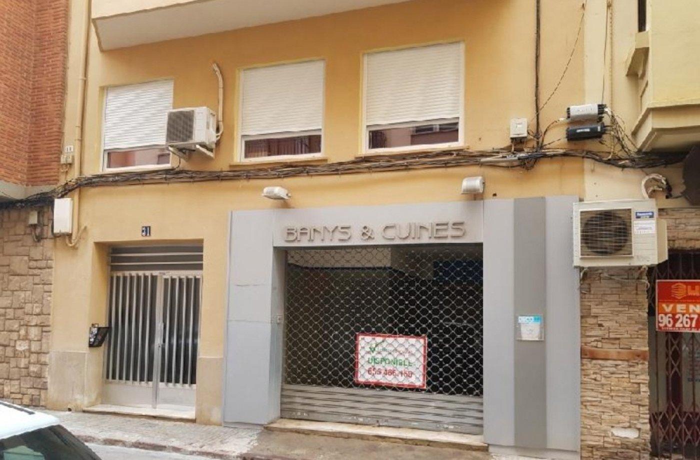 Local commercial  Sagunto ,zona centro. Local comercial