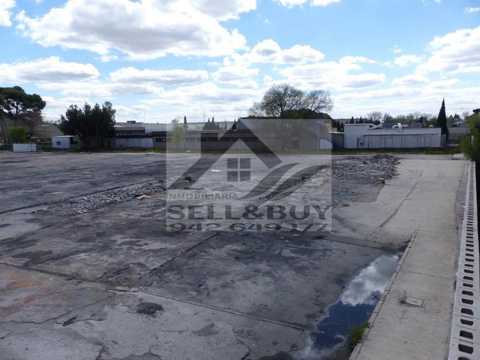 Foto 1 de Terreno industrial en La Garena