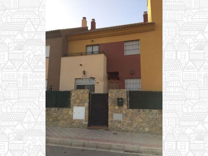 Casa adosada en Dos Hermanas en Montequinto ,olivar de Quintos ...