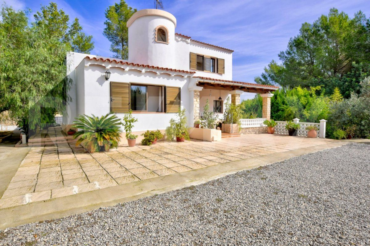 """Casa  Sant antoni de portmany ,área de sant antoni. Villa """"es raco"""", donde reina la tranquilidad"""