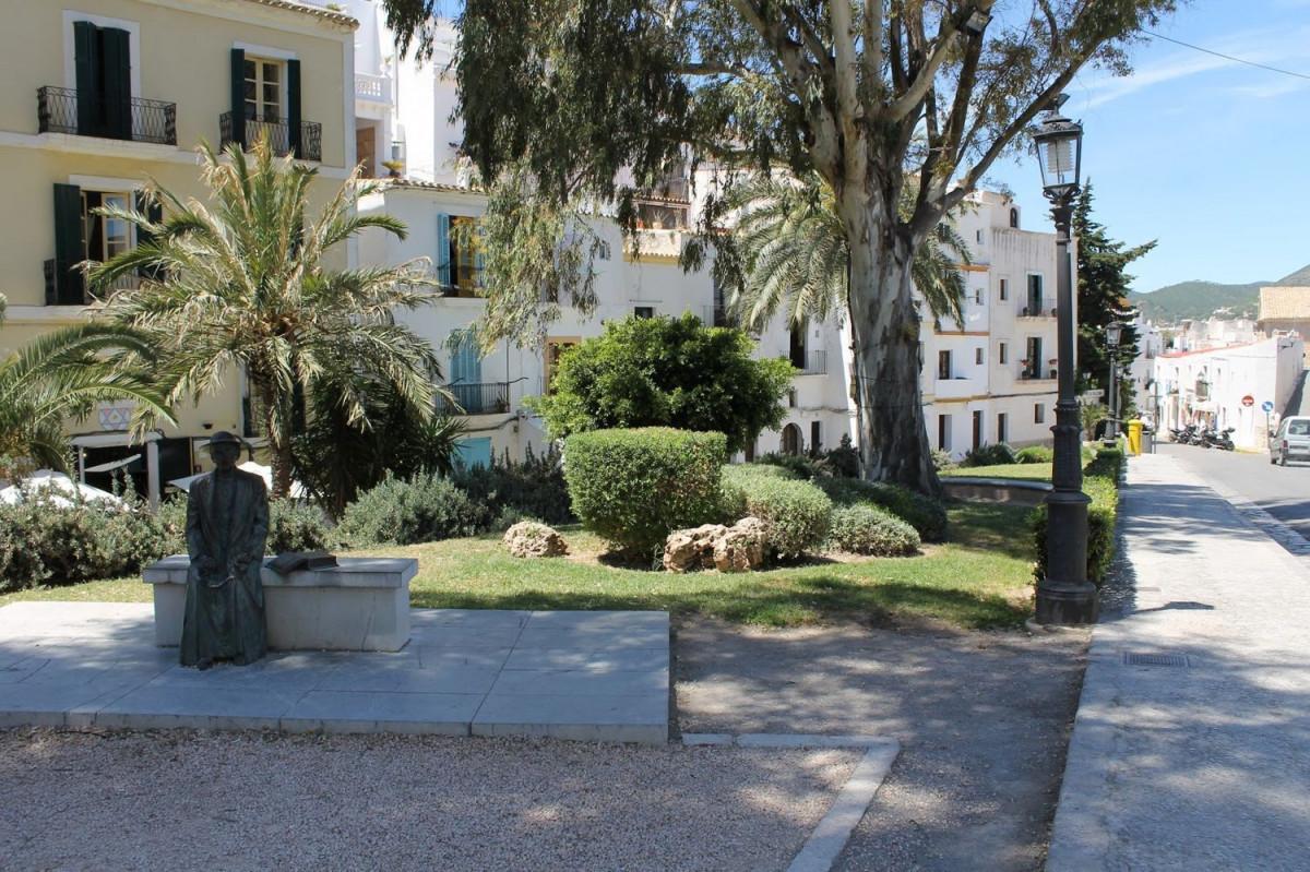 Building  Eivissa ,dalt vila - la marina