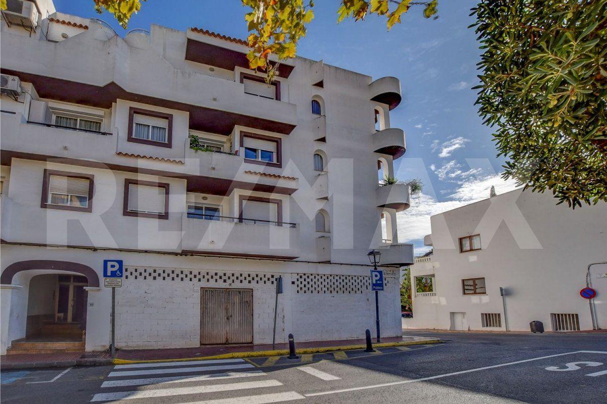 Local commercial  Santa eulalia del rio ,Santa Eulària des riu. Local 120 m2