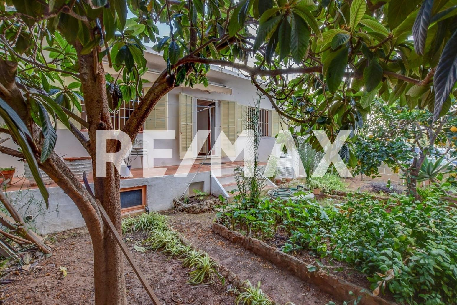 Casa en Sant Antoni de Portmany. Gran oportunidad para inversores - casa urbana con posibilidad d