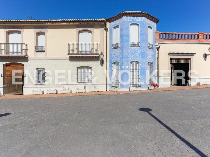 Foto 2 de Finca rústica de alquiler en Zona Urbanizaciones, Valencia