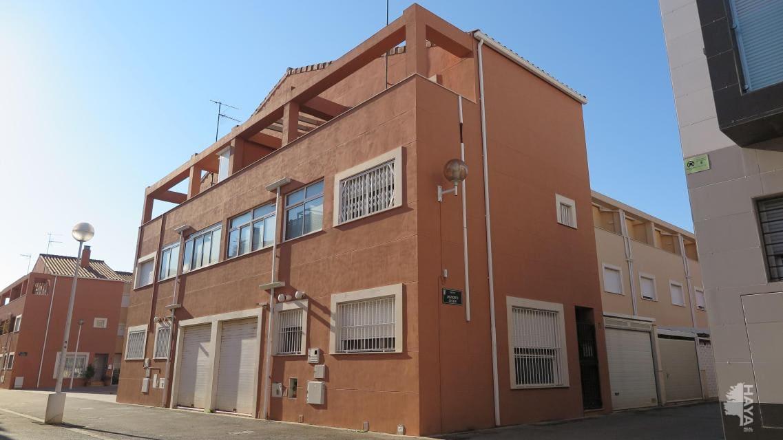 Maison à Puçol Ciudad. Adosada en venta en puçol (valencia) ruperto chapi