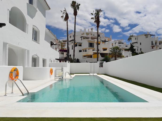 Foto 1 de Dúplex en Nueva Andalucía - Los Naranjos - Las Brisas / Los Naranjos - Las Brisas, Marbella