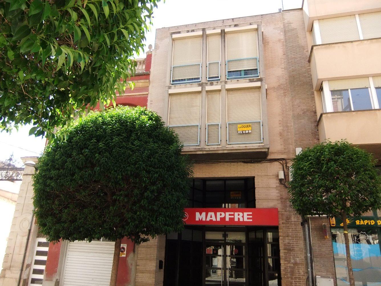 Rent Business premise  Calle marqués d'olivart, 3