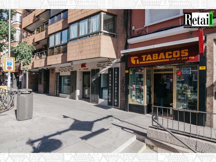 Foto 3 de Local comercial en Calle General Ricardos / San Isidro,  Madrid Capital