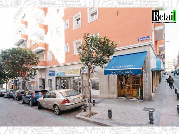 Foto 1 de Local comercial en Calle Porvenir / Fuente del Berro,  Madrid Capital