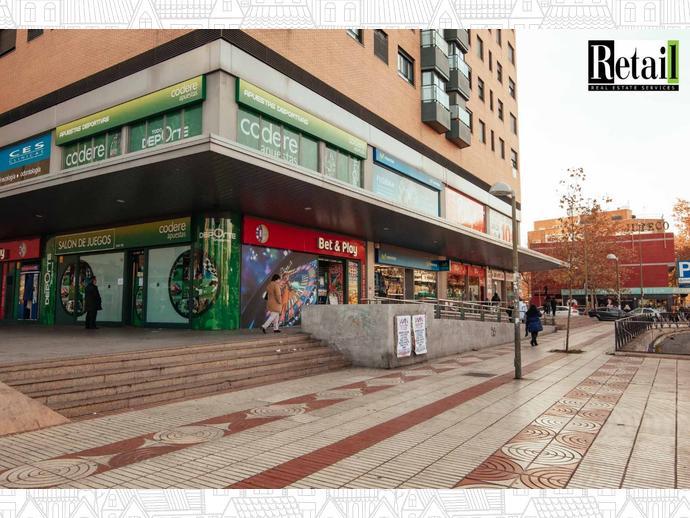 Foto 9 de Local comercial en Calle Alcala / Pueblo Nuevo,  Madrid Capital
