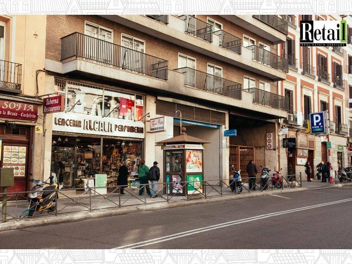 Foto 1 de Local comercial en Calle Atocha / Embajadores - Lavapiés,  Madrid Capital