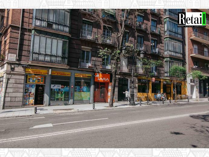 Foto 1 de Local comercial en Calle Bailen / Palacio,  Madrid Capital