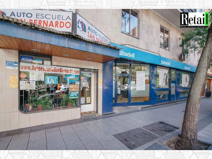 Foto 8 de Local comercial en Calle San Bernardo / Trafalgar,  Madrid Capital