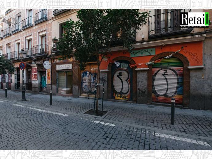 Foto 1 de Local comercial en Calle San Vicente Ferrer / Universidad - Malasaña,  Madrid Capital