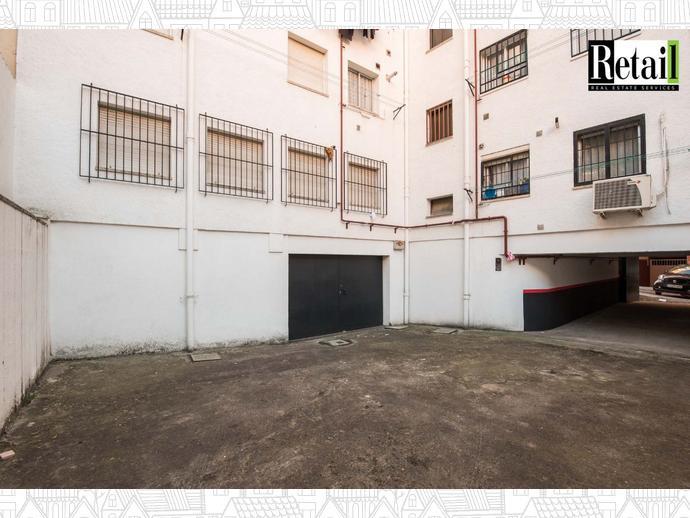 Foto 1 de Local comercial en Calle Panizo / Berruguete,  Madrid Capital