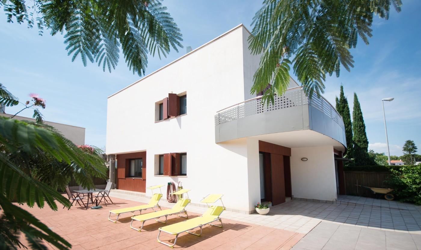 Casa  Cambrils. Casa moderna con vistas al mar