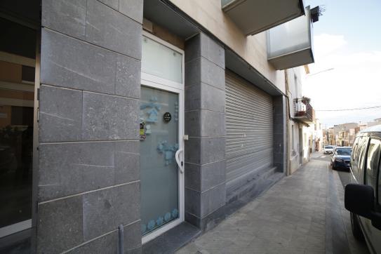 Local Comercial  Calle lleida 51-53, 51. Local comercial en venta en Alpicat (lérida). local comercial a