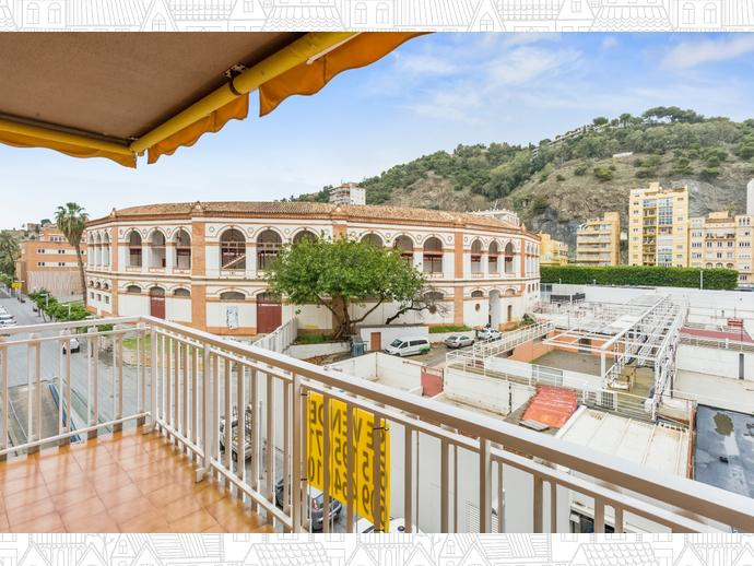 Foto 15 de Piso en  Cervantes / La Malagueta - La Caleta, Málaga Capital