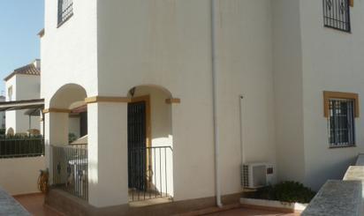 Pisos de alquiler con terraza en Baix Vinalopó