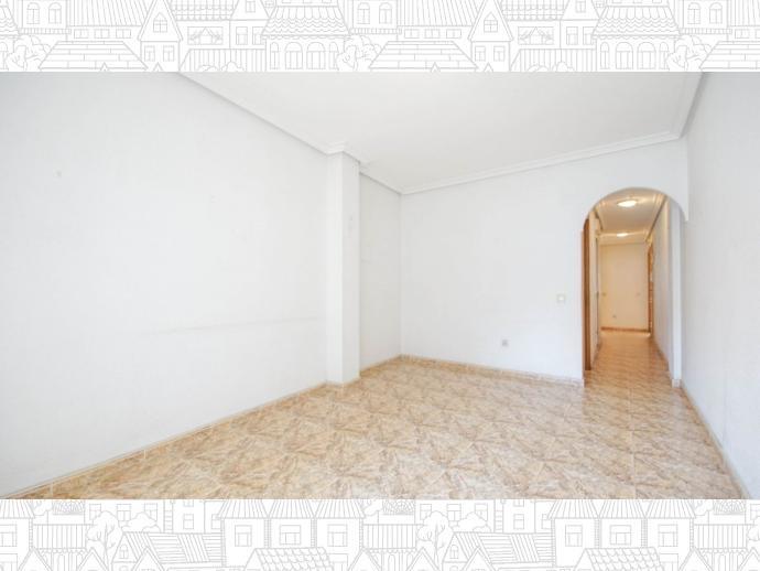 Foto 3 de Apartamento en  Calle Loma (La), 3 / Playa del Cura, Torrevieja