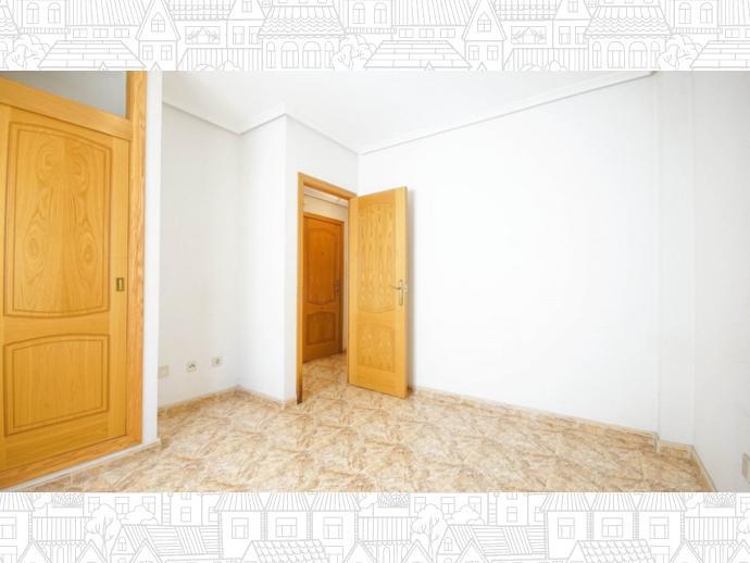 Foto 6 de Apartamento en  Calle Loma (La), 3 / Playa del Cura, Torrevieja