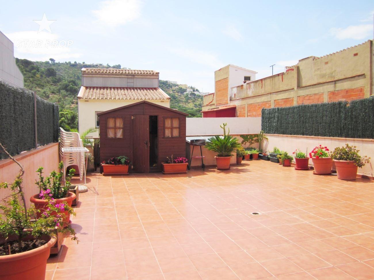 Piso en Els Grecs-Mas Oliva. Apartamento rústico  y amplio en roses.  apartamento listo para