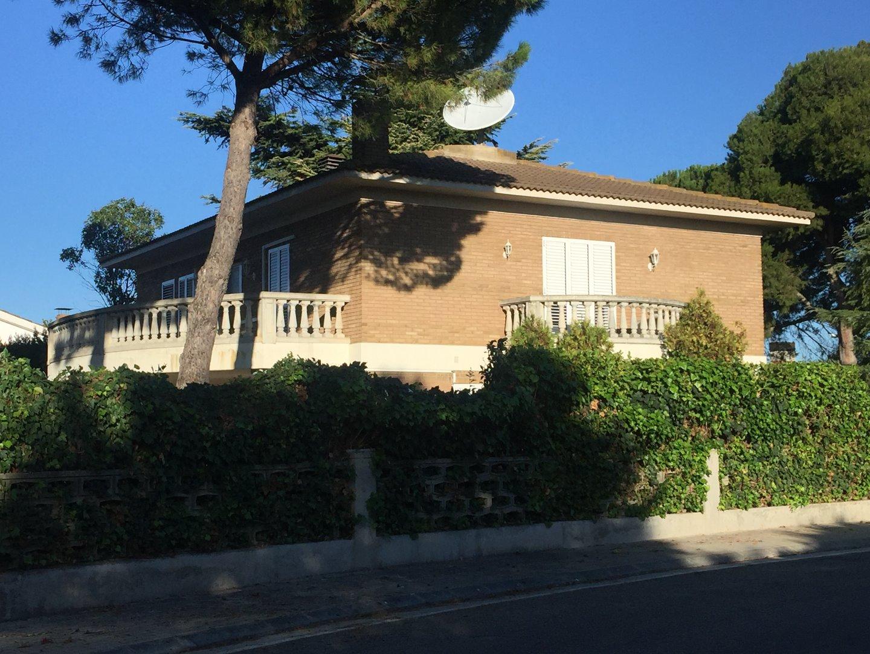 Lloguer Casa  Alpicat. Chalet alto estanding