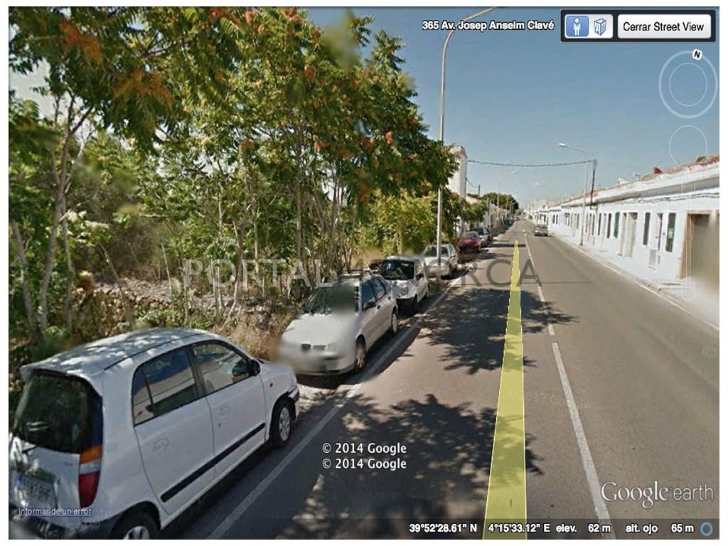 Stadtgrundstück  Mahón, mahón/maó, menorca, españa. Parcela edificable para la construcción de un bloque de vivienda