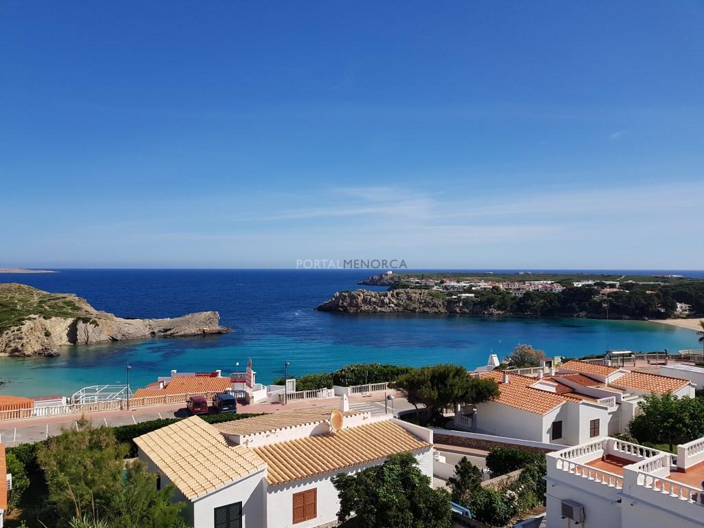 Casa  Arenal d'en castell, es mercadal, menorca, españa. Chalet con muy buenas vistas en arenal den castell, menorca.