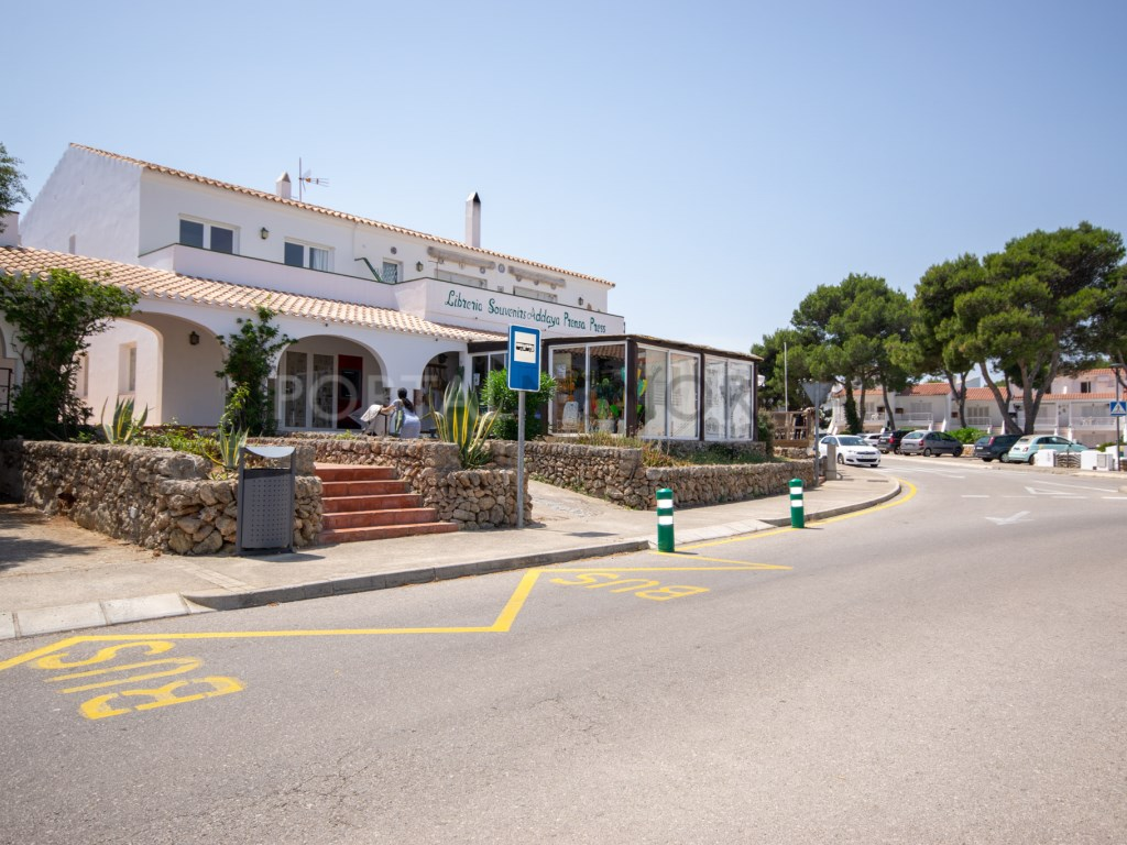 Locale commerciale  Port d'addaia, es mercadal, menorca, españa. Local comercial en el centro de addaia