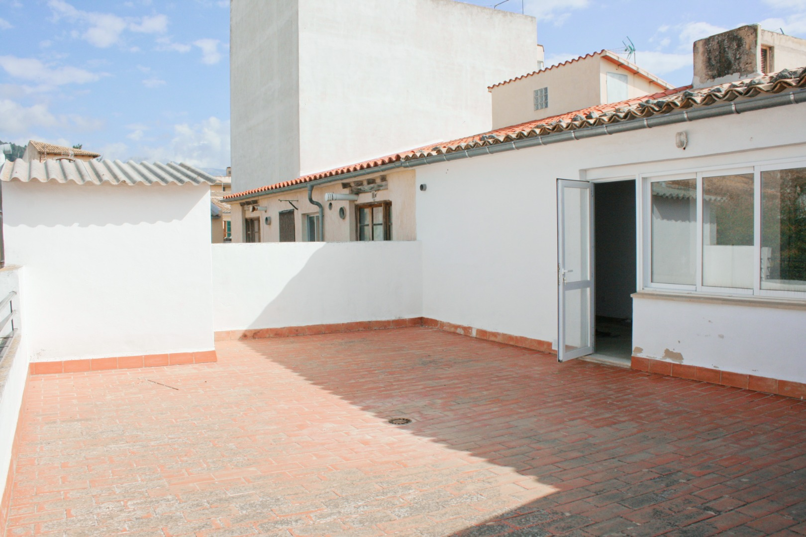 Edifici  Calle josep ferragut. Edificio Lloseta