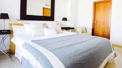 Foto 3 de Apartamento de alquiler vacacional en Marina Botafoc - Platja de Talamanca, Illes Balears